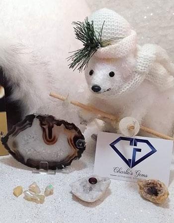 Fêtez les fêtes de fin d'année avec Charlie's Gems